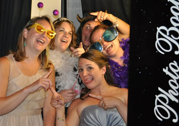 Our fastest photo booth means more photos and more fun